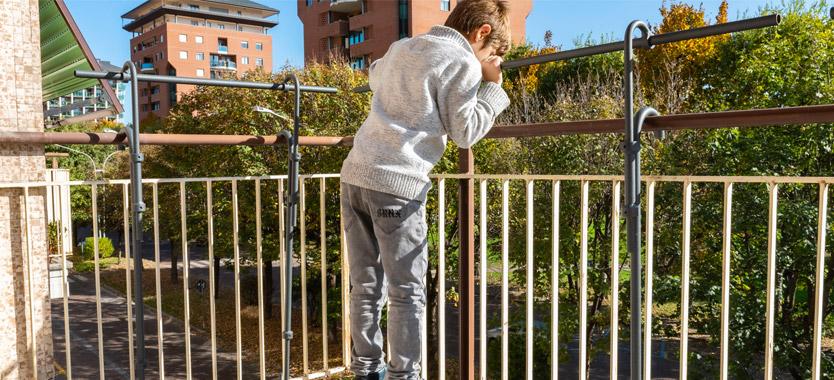 Protezioni dei balconi per bimbi: Ecco la soluzione Balc-One